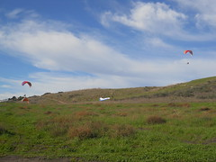 The Hills around Santa Barbara (dulce626) Tags: california sky green santabarbara fly air socal gliders greengrass 2011