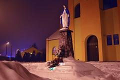 Matka Boska Cukiernicza (cyv2) Tags: winter church night poland polska divine misericorde virgo kitch pabianice viergepâtissière