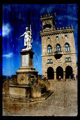 Repubblica di San Marino (Pachibro Portfolio) Tags: castle canon eos italia sanmarino castello emiliaromagna merli palazzopubblico piazzadellalibert statuadellalibert 400d canoneos400d montetitano scattifotografici pasqualinobrodella pachibroportfolio pachibro