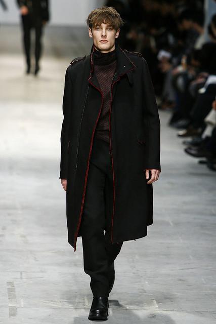 FW11_Milan_Costume National025_James Hampson(VOGUEcom)