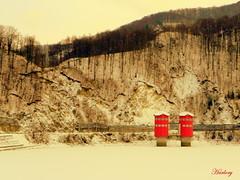 Frozen Bradisor dam (Harlory) Tags: