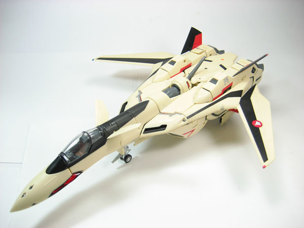 1/60 Perfect Transformation YF-19 Yamato Toys