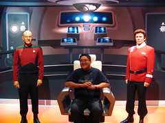 Aboard the Bridge of the Starship Enterprise at Madame Tussauds Hollywood (Loren Javier) Tags: california startrek me losangeles hollywood captainpicard startrekthenextgeneration madametussauds captainkirk patrickstewart jeanlucpicard williamshatner jamestkirk lorenjavier madametussaudshollywood