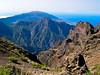 La Caldera de Taburiente vista desde  el Roque de los Muchachos, 2396 mt ,en la isla de La Palma (islas canarias )   Img1564 a r (tomas meson) Tags: park parque españa ruta volcano islands spain canarias national caldera gr canary volcanoes montaña lapalma nacional islas 131 volcanes taburiente