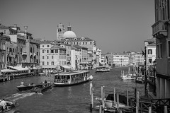 DSC_0592.jpg (phil_tonic) Tags: bibone familie meer strand urlaub venedig italien sonne österreich sommer wien venice blackandwhite monochrome street