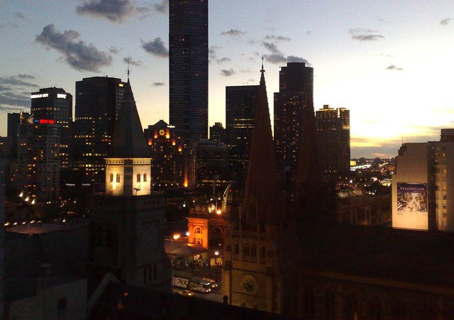 Sunset over Melbourne (2/2)