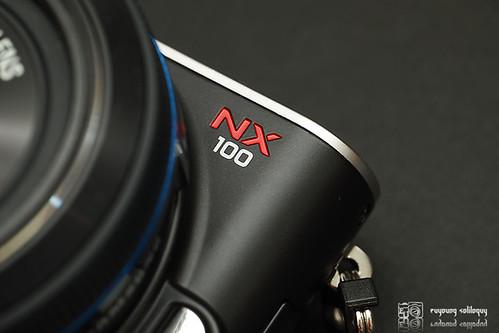 Samsung_NX100_exterior_05