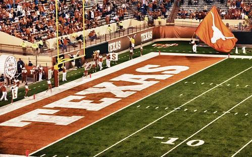 Texas Longhorns vs Florida Atlantic Univ by jrandallc, on Flickr