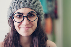 day three hundred and forty six (Ana Lusa Pinto [Luminous Photography]) Tags: art wool girl smile photography glasses harrypotter 365 beret