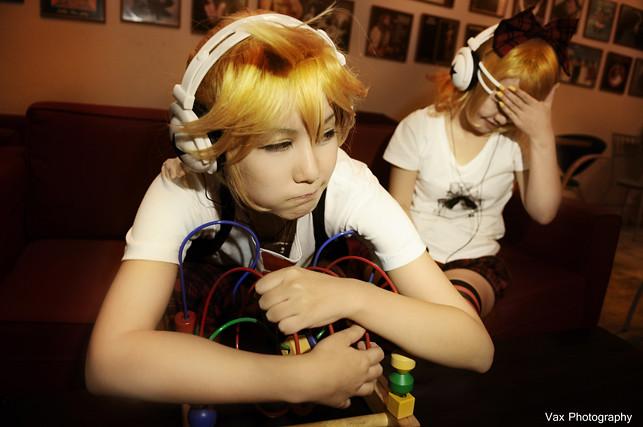 vocaloid-twins-13