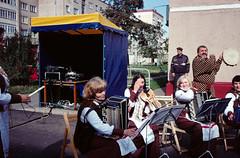 Overseeing musicians (varjagg) Tags: leica 35mm cosina voigtlander september 17 kodachrome belarus 2008 asph m4 pagan postsoviet 7200 f17  ultron  lukashenko plustek exussr  opticfilm  orsha     dazhynki