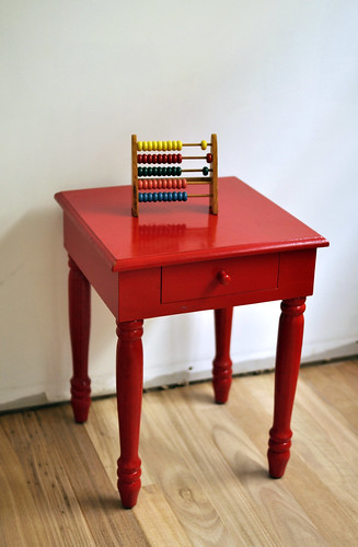 little red table