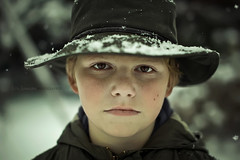 Billy the kid (cliccath) Tags: winter portrait snow hat kid child hiver son chapeau neige enfant fils billythekid canoneos5dmarkii sigma50mmf14exdghsm cliccath ~explore~ cathschneider