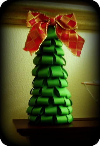 Loopy Ribbon Christmas Tree
