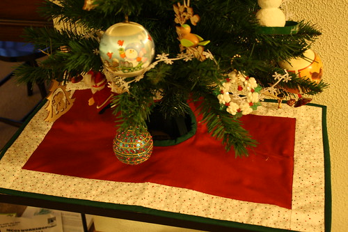 rectangle tree skirt for table