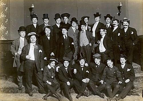 Crossdressers of 1910
