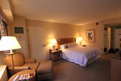 Seattle Sheraton (Prayitno / Thank you for (9 millions +) views) Tags: seattle hotel town washington bed bedroom downtown king room down wa sheraton standard konomark