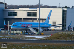 G-OOBF - 33101 - Thomson Airways - Boeing 757-28A - Luton - 101201 - Steven Gray - IMG_4903