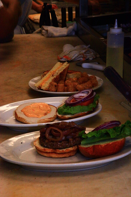 Candlelite Burgers in Chicago by Candlelite Chicago