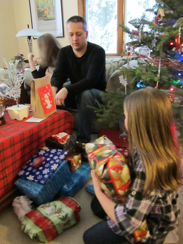 opening presents with the waldies