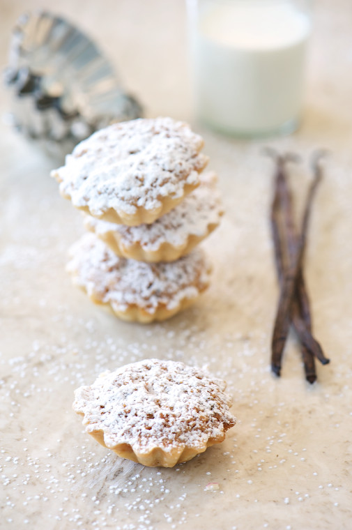 hazelnut tart stacks