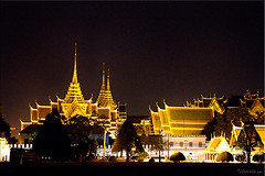 05 King's Palace (Ursula in Aus (Away)) Tags: architecture night river thailand lights bangkok palace grandpalace chaophraya rivercruise      earthasia totallythailand