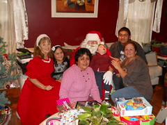 """Santa Run • <a style=""""font-size:0.8em;"""" href=""""http://www.flickr.com/photos/36726244@N08/5343473427/"""" target=""""_blank"""">View on Flickr</a>"""