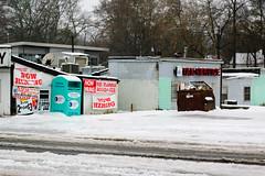 SnowDay in EAV-0434 (mateofiero) Tags: georgia january eastatlanta snowday 2011 taxservice jiffygrocery