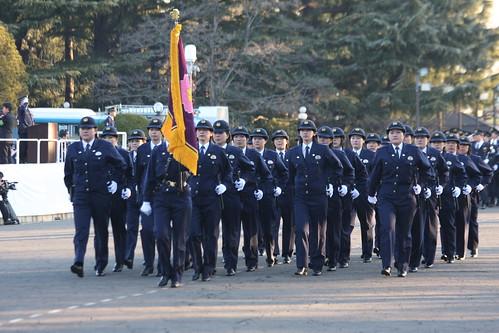 女性 警察官 女性 警察官 女性