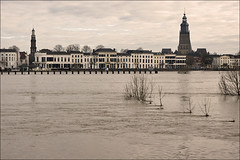 Cityscape Zutphen during floods (Foto Martien) Tags: city winter holland history water netherlands dutch town cityscape view flood nederland meadow medieval rhine picturesque oldcity stad ijssel architectuur archtecture achterhoek niederlande uiterwaarden zutphen gelderland historisch floodplain floodplains middeleeuws hanze hanseaticleague hanzestad stadsgezicht hanza ijsselkade riverijssel dehoven oudestad schilderachtig rijndelta zutfen a550 torenstad rhinedelta martienuiterweerd carlzeisssony1680 martienarnhem gelderseijssel sonyalpha550 martienholland fotomartien overtstroming