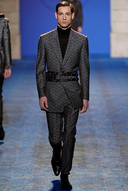 FW11_Milan_Versace039_Nicolas Ripoll(VOGUEcom)