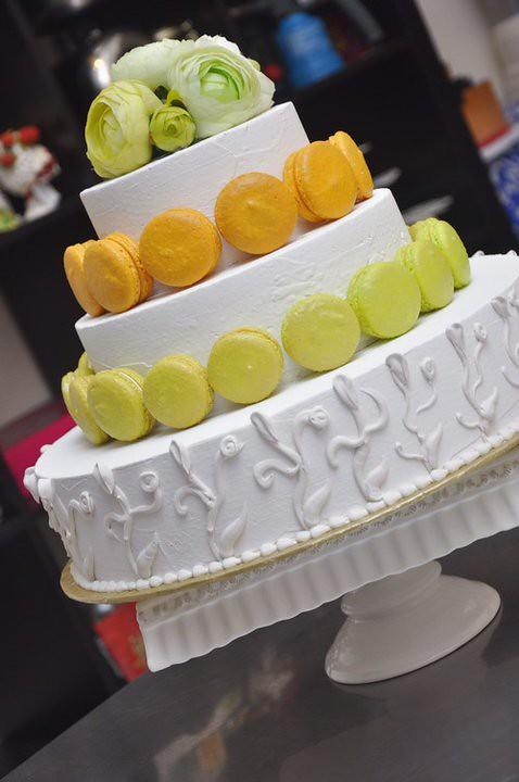 macaron wedding cake2
