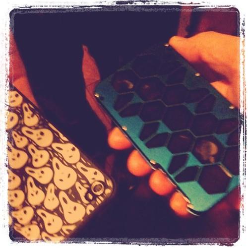 どんぴさんとたちさんのiPhoneカバー