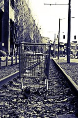 IMGP7061 (~jmw) Tags: seattle old railroad bw shopping downtown pentax tracks shoppingcart rail pacificnorthwest cart tamron f28 1750mm tamron1750mmf28 k20d pentaxk20d