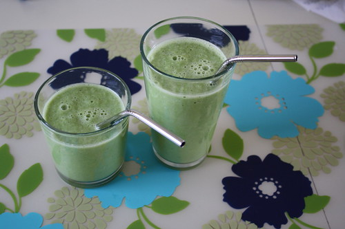 lucky green monster smoothies
