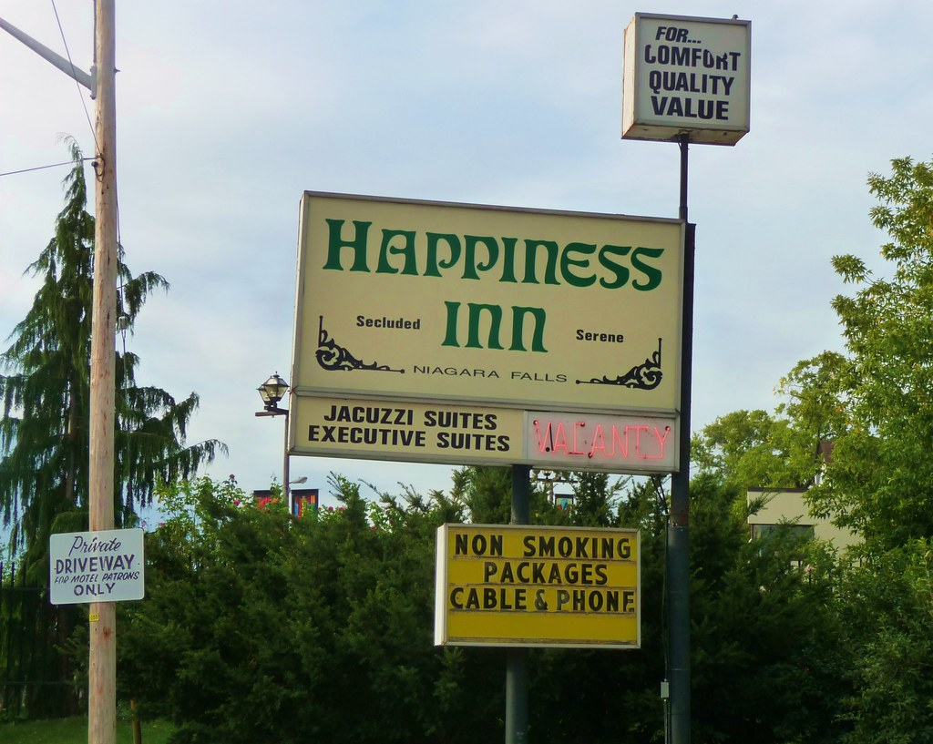 Happiness Inn, Niagara Falls