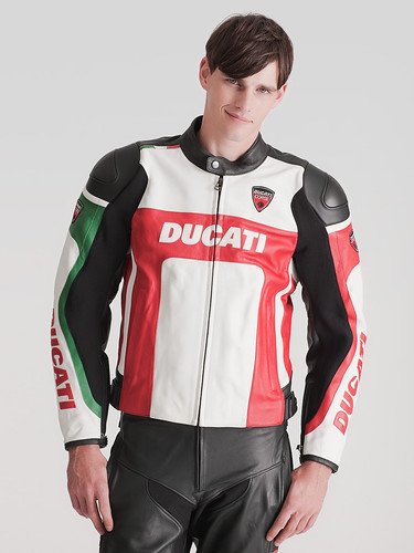 Robert Rae0040_GILT GROUP_Ducati