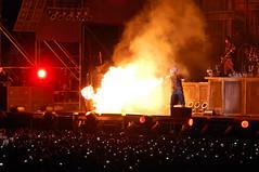 Rammstein en Chile (gandalf.blanco) Tags: chile santiago metal concert industrial tour florida live concierto german rammstein vivo 2010 bicentenario industrialmetal estadiobicentenariodelaflorida lifad liebeistfüralleda rammstein2010 lastfm:event=1619945 rammsteinenchile rammstein2010tour rammstein2010chile