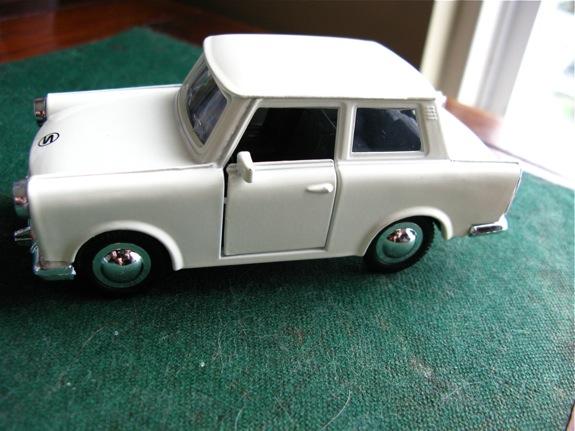 trabant car 002