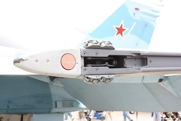 EAA10_FA-18C_064