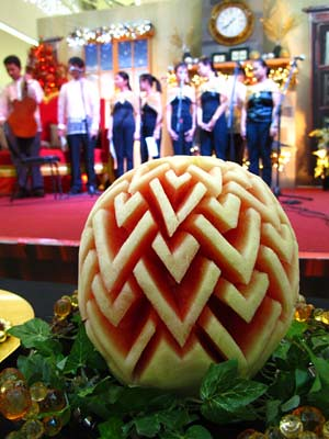 Choir with carved melon