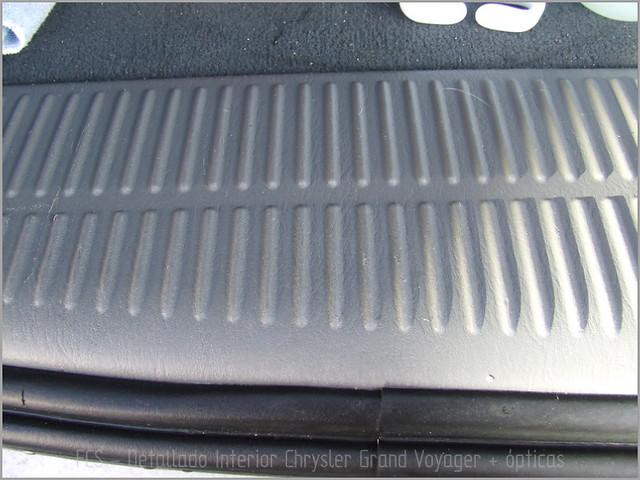 Chrysler Grand Voyager - Det. int. </span>+ opticas-13