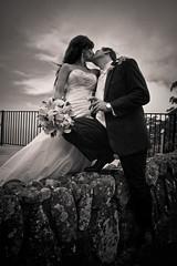 Wedding (Paul Amestoy) Tags: flowers wedding canon groom bride blackwhite kiss couple noiretblanc 5dmkii paulamestoy
