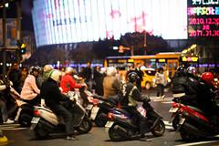 IMG_2488 (seannyK) Tags: scooters taipei crosswalk motorists