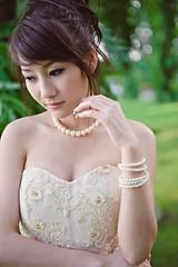 [フリー画像] 人物, 女性, アジア女性, ウエディングドレス, タイ人, 201101301700