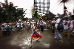Perang Jempana (The Battle of Deities) Part 6 - The Beginning and End (Mio Cade) Tags: bali festival indonesia god ceremony battle ritual pura deities klungkung panti perang paksebali timbrah jempana