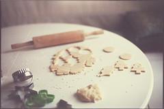 merry, merry (leslie*thomson) Tags: cookies 35mm scan vista agfa nikonfg epsonv500