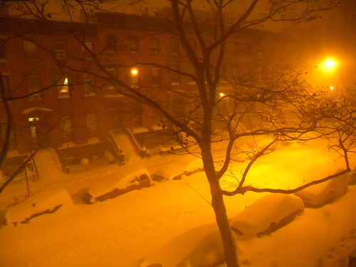 day-after-christmas-blizzard-late-night