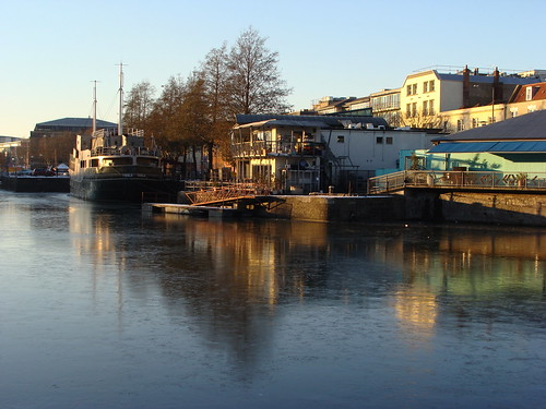 station docks river bristol harbour