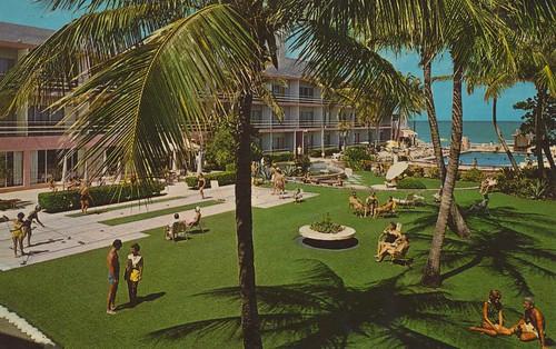 Chateau Resort Motel - Miami Beach, Florida